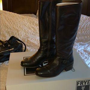 Pre-loved Frye women's boots size 10